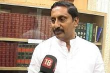 Kiran Reddy hits out at TRS, Congress during road show