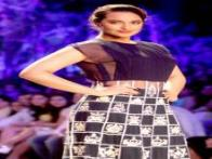 Lakme Fashion Week 2014: Sonakshi Sinha walks the ramp for Manish Malhotra