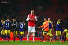 Swansea draw 2-2 at Arsenal in Premier League