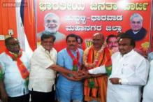 Sri Ram Sene chief Pramod Muthalik, involved in beating up women in Mangalore pub, joins BJP