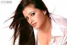 Shiv Sena MP Anandrao Adsul booked for abusing actress Navneet Kaur-Rana
