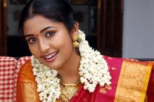 Navya Nair replaces Meena in Kannada remake of 'Drishyam'