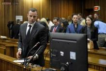 Pistorius' girlfriend was first shot in hip - ballistics expert