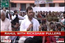 Rahul interacts with rickshaw pullers in Varanasi