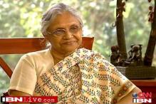 Sheila Dikshit sworn-in as Kerala Governor