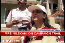 Bangalore: Wives campaign for Nandan Nilekani, Ananth Kumar