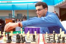 Viswanathan Anand draws but stays in front with sole lead