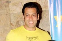 Snapshot: Salman Khan, Riteish Deshmukh, Genelia D'Souza at the screening of Marathi film 'Yellow'