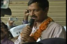 EC notice to Kejriwal for assembling with crowd at Raj Ghat
