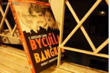 'Byculla to Bangkok' is a detailed account of political, social scenarios