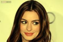 Actress Anne Hathaway shops, bargains and has a blast