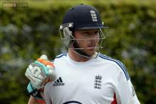 County Championship: Ian Bell hits ton but Joe Root out for a duck