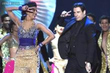 John Travolta, Kevin Spacey perform Bollywood dance steps at IIFA 2014