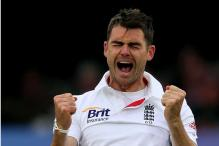 James Anderson back in swing with five-for in County