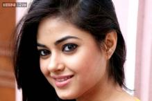Not comfortable doing intimate scenes, wearing skimpy clothes: Meera Chopra