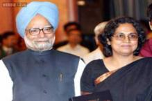 PM's daughter hits out at Baru, says he betrayed Manmohan Singh