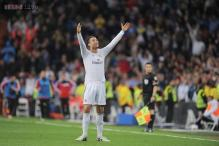 Cristiano Ronaldo strikes twice as Real Madrid rout Osasuna 4-0