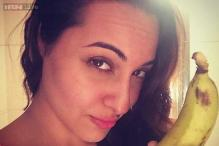 Sonakshi Sinha makes fun of the Golden Kela Awards by posting a real banana photo on Twitter