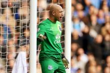 Everton keeper Tim Howard extends contract until 2018