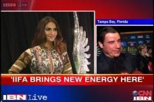 IIFA: John Travolta shakes a leg with Hrithik, Priyanka