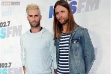 Maroon 5, Shakira rock Wango Tango 2014