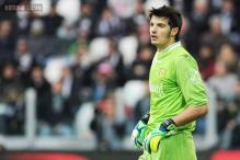 Goalkeeper Michael Agazzi signs for AC Milan after leaving Cagliari