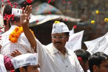 After Modi's show of strength, Kejriwal to hit Varanasi streets today
