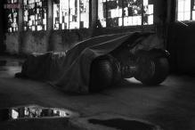 This is what the new Batmobile looks like! Zack Snyder tweets a teaser