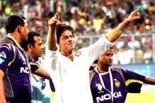 Shah Rukh Khan celebrates KKR's entry to IPL finals at Eden Gardens