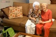 94-year-old woman meets her half-sister for the first time after 85 years!