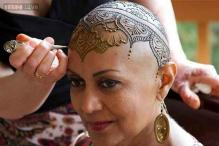 Photos: Women fight cancer with these henna patterns on their heads after losing hair to therapy