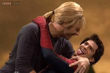 OMG! Andrew Garfield gets kissing lessons from Chris Martin on 'Saturday Night Live'
