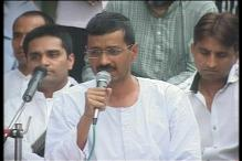 LS polls: Kejriwal hits out at Gandhi siblings, says no dev in Amethi