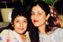 Snapshot: Manisha Koirala celebrates a year of being cancer-free with friends Tabu and Jackie Shroff