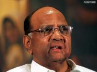 Pawar meets Congress, NCP leaders from Maharashtra