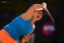 Simona Halep advances to second round at French Open