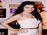 Kamya Punjabi, Karan Tacker, Sara Khan: TV celebrities glam up BCL success bash