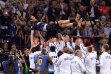 Inter Milan beat Lazio 4-1 in Javier Zanetti's final home match