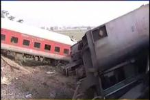 4 killed, 8 injured as Rajdhani derails in Chhapra; sabotage suspected