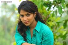 Amala Paul's father clarifies on daughter's wedding