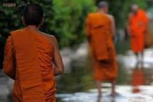Bad monks beware -- Thailand launches behaviour hotline!