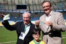 Brazilian man trades his unused 1950 World Cup final ticket to FIFA with the 2014 final tickets!