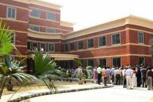 SRCC follows other DU colleges, takes back cut-off list, defers admissions