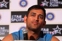 Andhra court issues arrest warrant against Dhoni