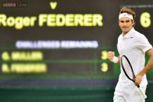 Roger Federer easily advances to Wimbledon third round