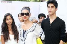 Snapshot: Stylish mom Gauri Khan snapped with her oh-so adorable kids Suhana and Aryan