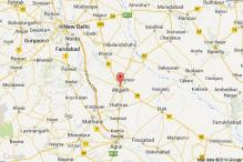 Girl found hanging from a tree in Aligarh