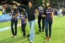 Snapshot: AbRam gets his own KKR jersey; will dad Shah Rukh Khan bring him to watch the final?