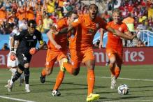 World Cup 2014: Netherlands top Group B with 2-0 win over Chile