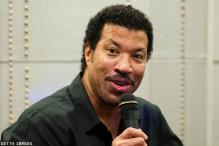 Lionel Richie gets Lifetime Achievement award